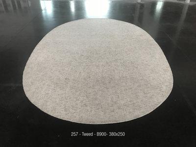 Tweed - B900 - 380x250